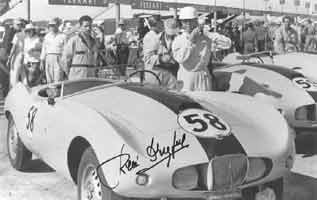 Thumbnail: photo of René Dreyfus' Arnolt-Bristol at Sebring, 1955